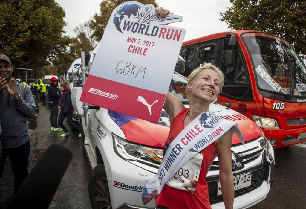 Dominika Stelmach wygrywa Wings For Life World Run 2017