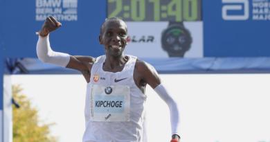 Rekord Świata - Eliud Kipchoge