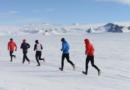 Piotr Suchenia wygrywa Antarctic Ice Marathon – jeden z najtrudniejszych maratonów świata!